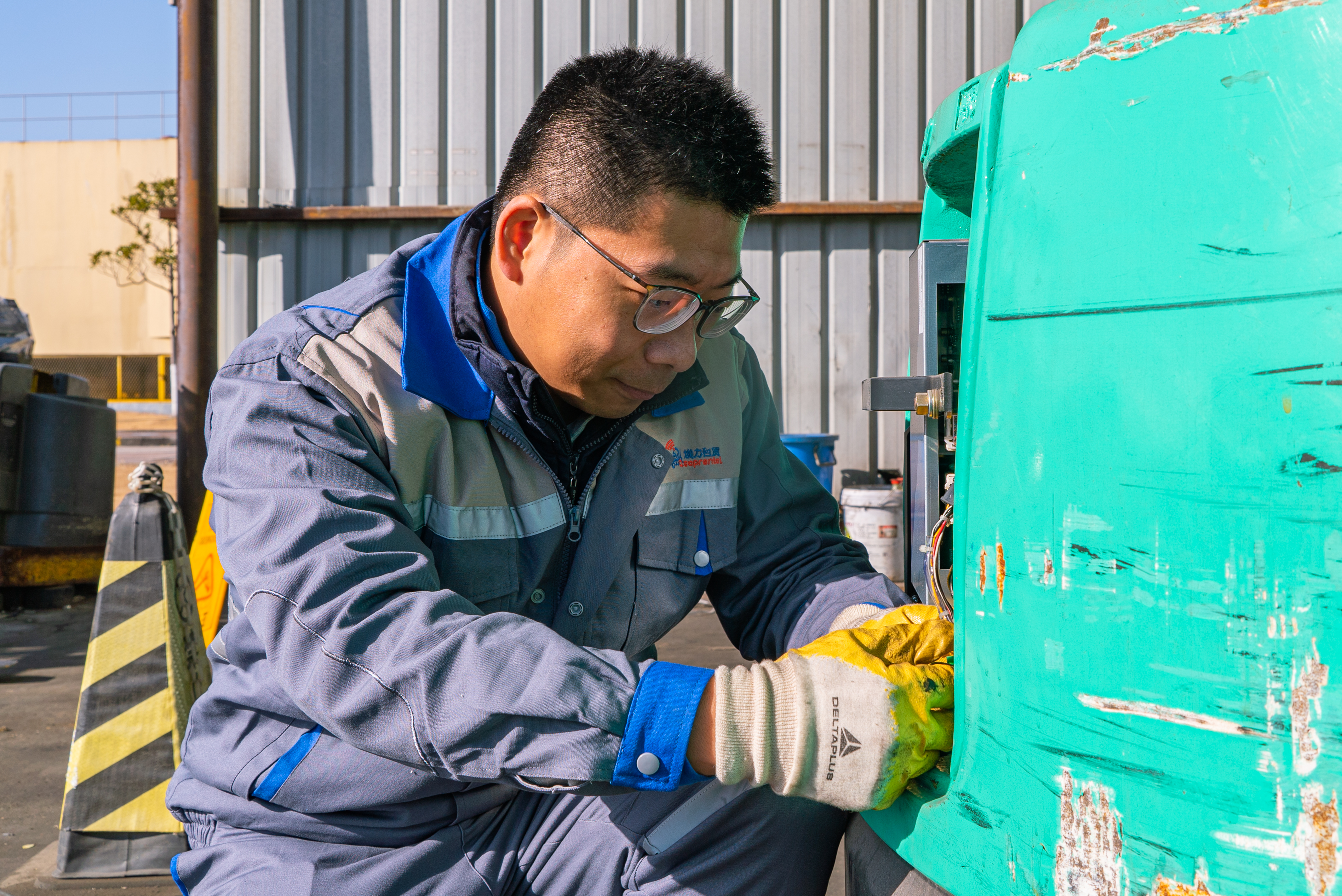 ASAP's chief engineers are responsible for expert fleet maintenance and management at sites in China